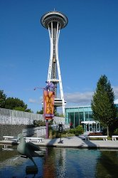 Seattle Space Needle by Andy Chang